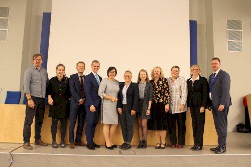 09. 23 d. seime vyko konferencija