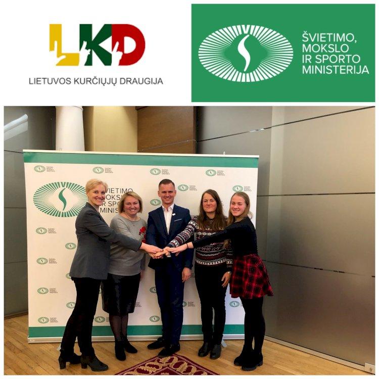 Pirmą kartą istorijoje, renkant kurčiųjų ugdymo įstaigos vadovą, buvo pakviestas dalyvauti Lietuvos kurčiųjų draugijos atstovas