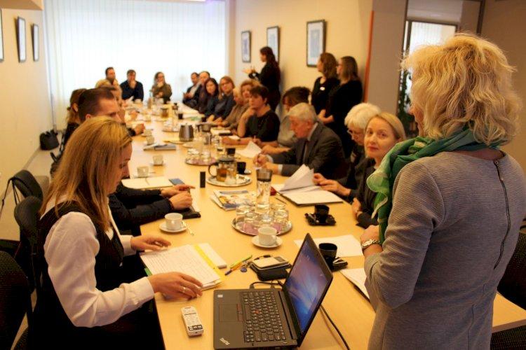 Vyriausybei pateiktas SADM projektas dėl lietuvių gestų kalbos vertėjų centrų centralizavimo