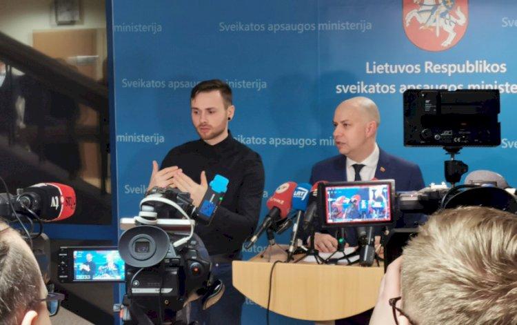 SAM spaudos konferencijas vers į gestų kalbą